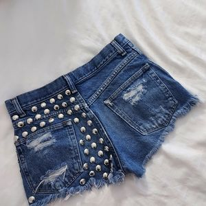 Vintage | studded high waisted denim shorts